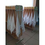 Вешалка для полотенец фанера на металлических ножках